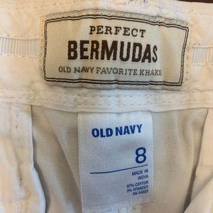 Old Navy Shorts - Old navy white Bermuda short
